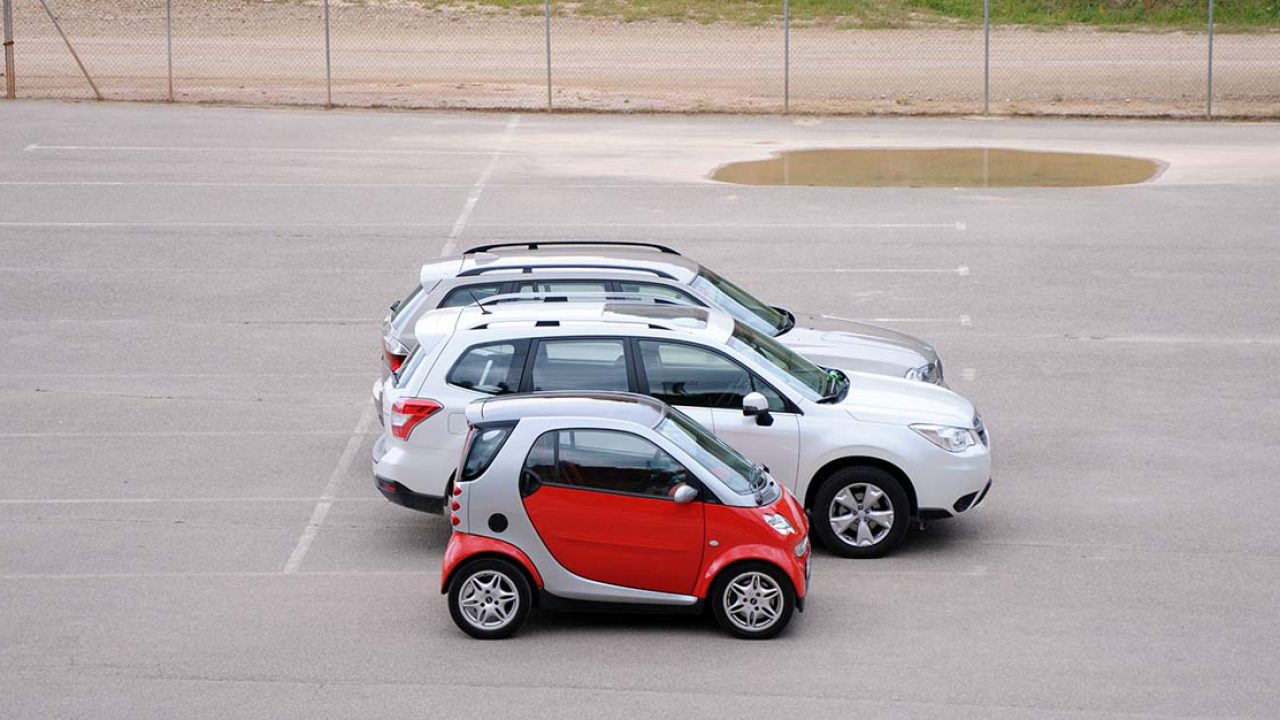 A Not So Small Car List 12 Big Pictures Of The Smallest Cars In The World